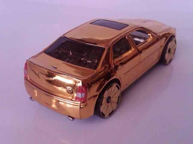File:Car2 (3).jpg