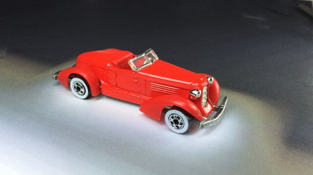 File:6 Auburn 852 5-Pack 1990 (2).JPG