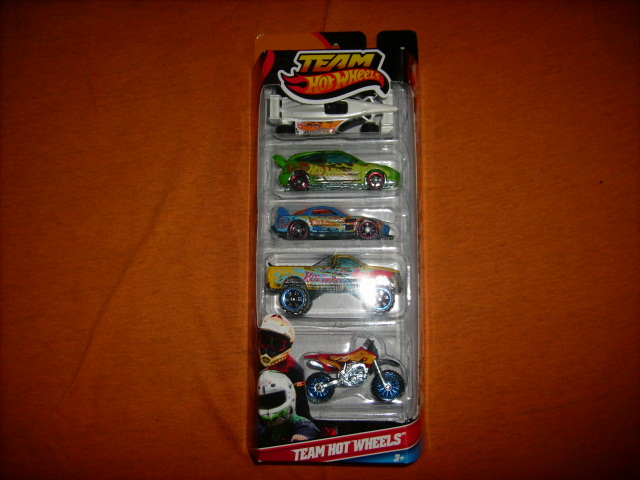 File:Teamhotwheels5pack.JPG