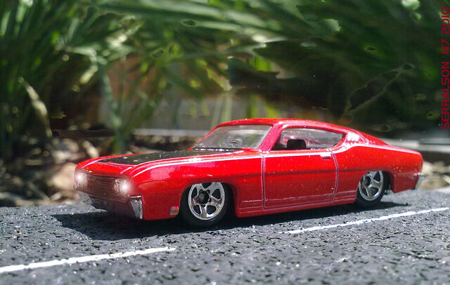 File:FORD TORINO TALLADEGA LIGHTS ON.jpg