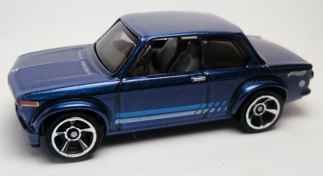 File:BMW 2002-2013 154 Blue.jpg
