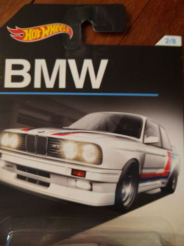 File:BMW Series Card.jpg