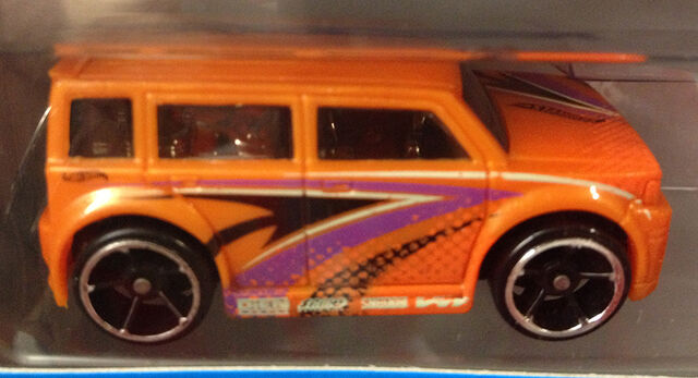 File:Scionxb-orange-9pack.JPG