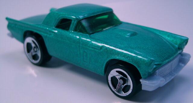 File:57 T-Bird green 3sp wheels GREY base.JPG