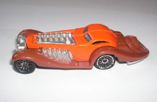 File:Hot Wheels Ozzenberg.jpg
