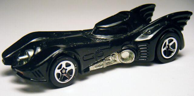 File:89 Batmobile - 04 vs Penguin 2pk.JPG