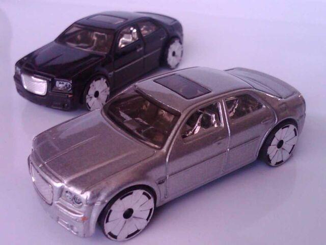 File:Car1 (2).jpg