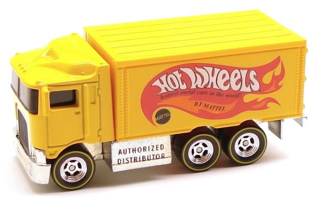 File:Hiwayhauler delivery yellow.JPG