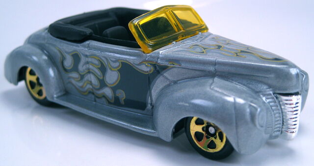 File:40 ford convertible mystery car grey.JPG