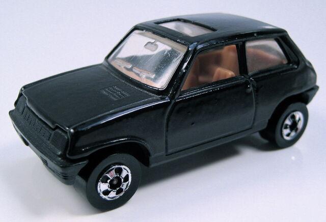 File:Renaultlecarblackfrance.JPG