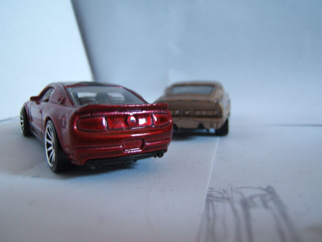 File:Mustangs - new and old 002.jpg