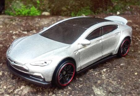 File:Tesla Model S?file=Screenshot 2015-11-07-12-16-43-1.png