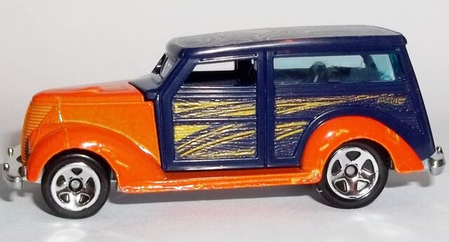 File:HW-2014-4th of July--06-'37 Ford Woodie.jpg