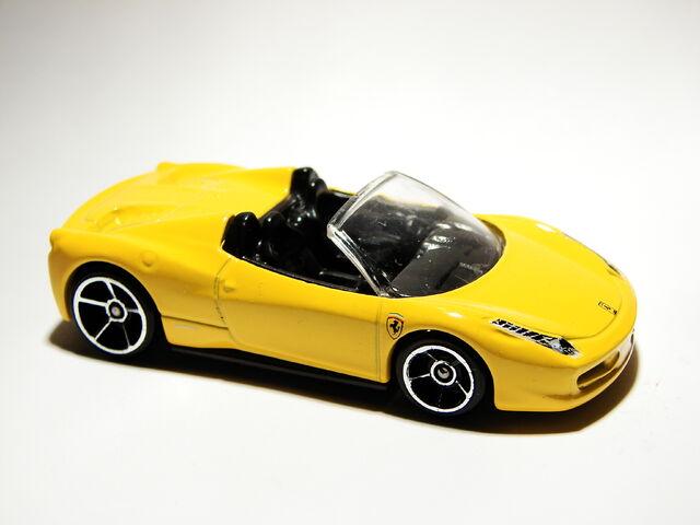 File:Ferrari 458 Spider 03.JPG