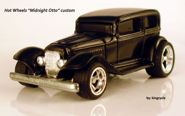 File:Fendered black Midnight Otto.jpg