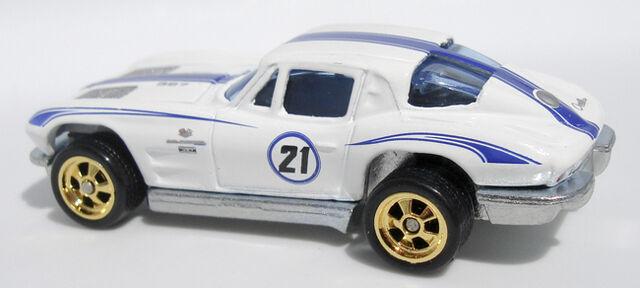 File:63 Corvette - LG21Set.jpg