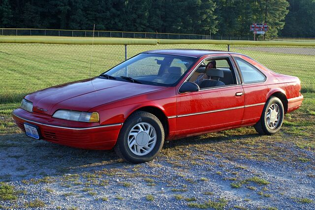 File:1991 Ford Thunderbird LX - 1858df.jpg