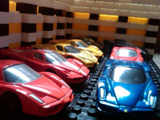 File:Ferrari Enzó.jpg