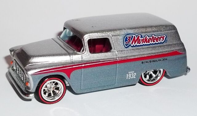 File:HW-Mars M&M-'55 Chevy Panel-3Musketeers.jpg