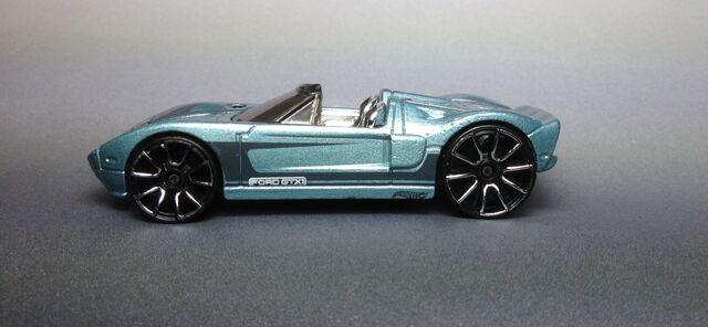 File:Ford GTX-1 2013 10-Pack IMG 2622.JPG