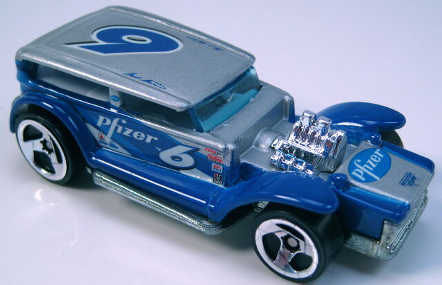 File:The demon NASCAR pfizer 3sp wheels metal Thailand base.JPG