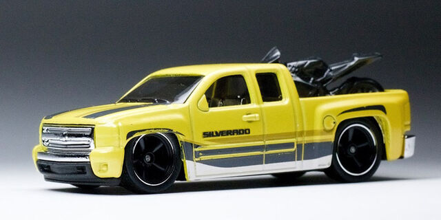 File:Chevy Silverado-0.jpg