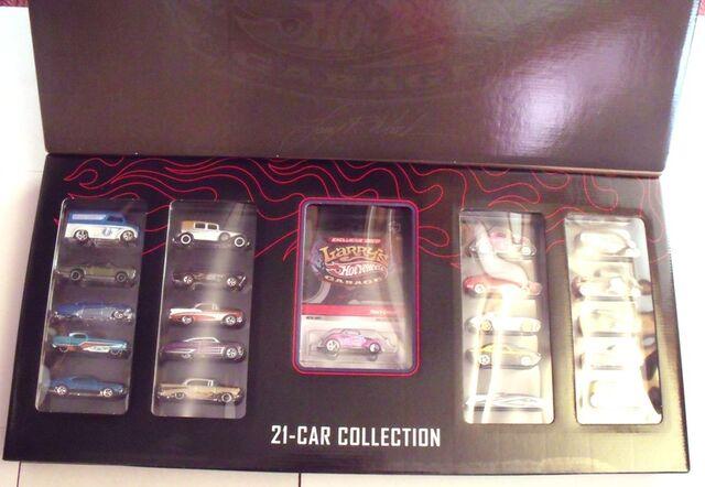 File:Larry's 21-Car SetCaseOpened.JPG