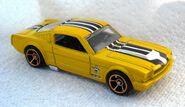 010a3 - 65 Mustang Walmart yel 2010