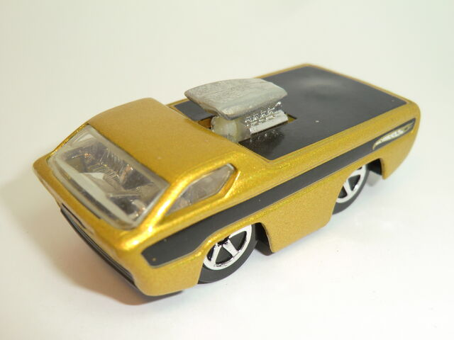 File:Deora (Tooned) 2004 First Editions .JPG