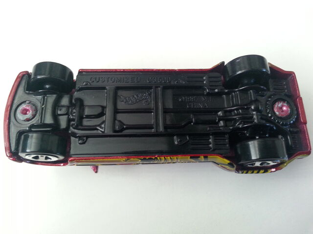 File:Customized C3500 underside.jpg