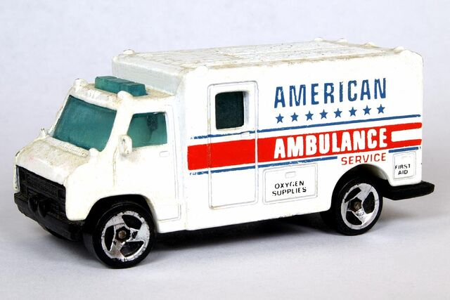 File:American Ambulance - 6063df.jpg