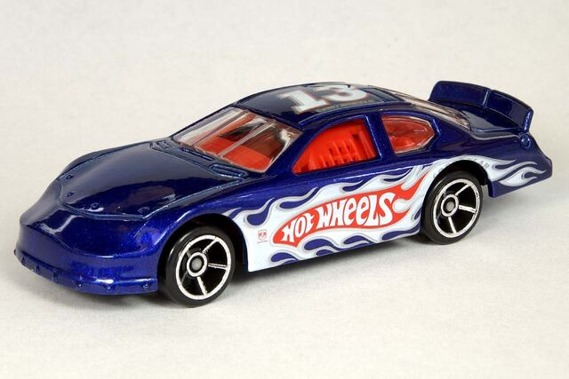 File:Table Dodge Charger Stock Car - 6514df.jpg