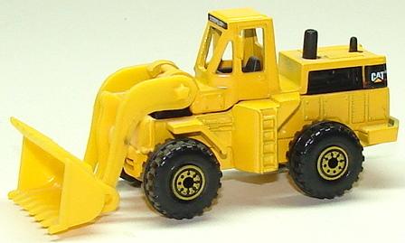 File:CAT Wheel Loader Dirt.JPG
