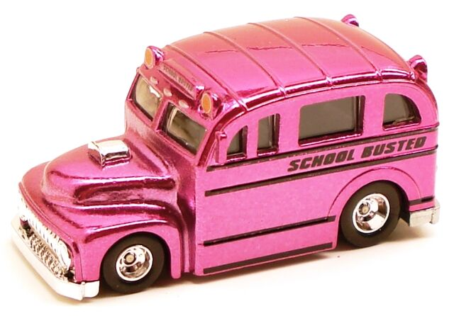 File:Schoolbusted classicset pink.JPG