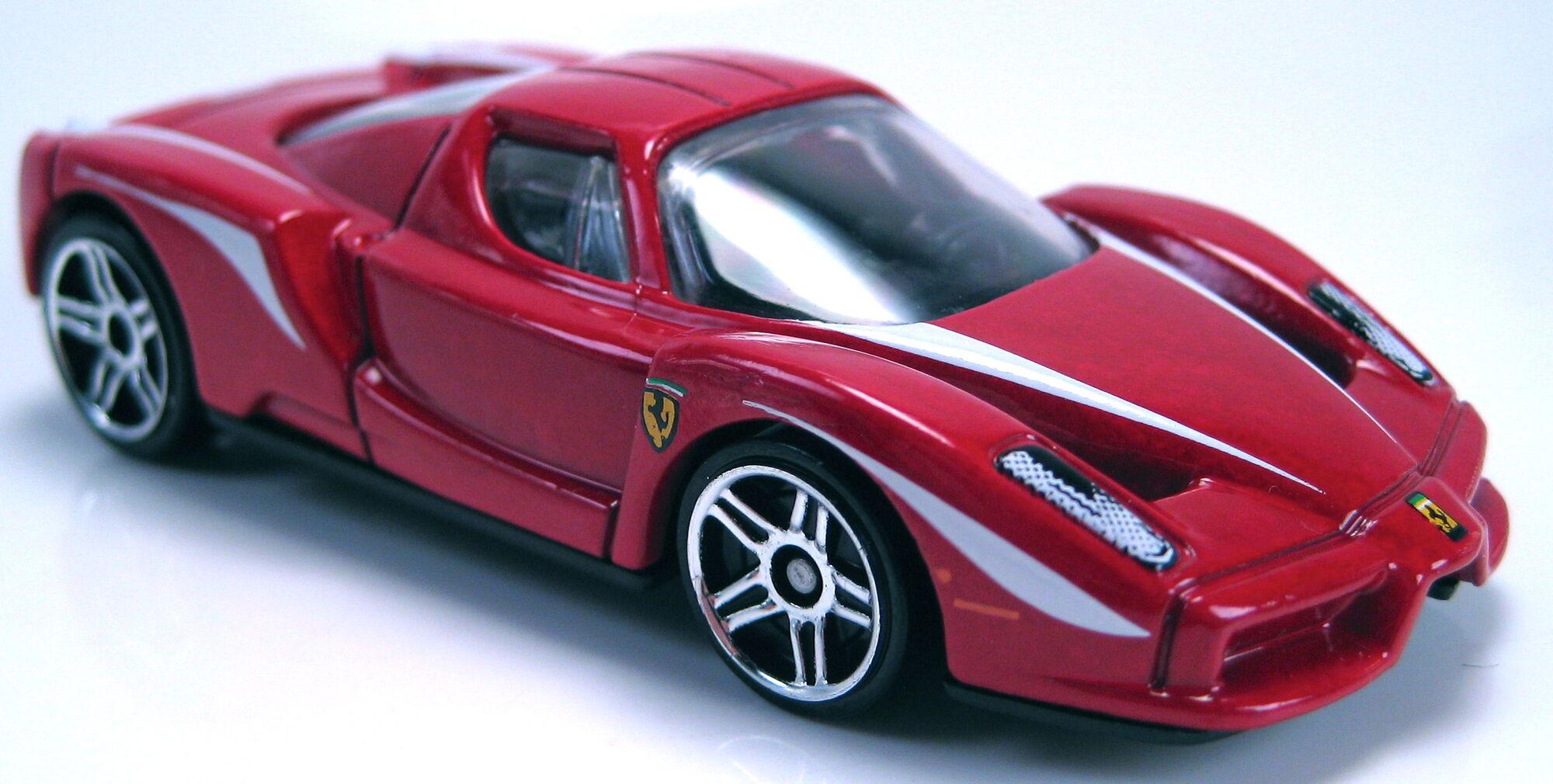 image ferrari enzo red 2013 hw showroomjpg hot wheels wiki fandom powered by wikia - Ferrari Enzo 2013 White