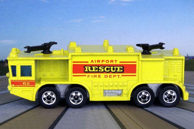 File:Airport Rescue - 0082cf.jpg