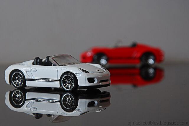 File:Porschewikia.jpg