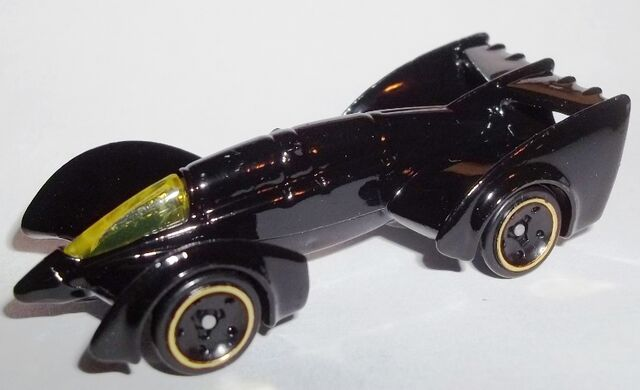 File:HW-2015-65-Batman Live! Batmobile-Batman.jpg