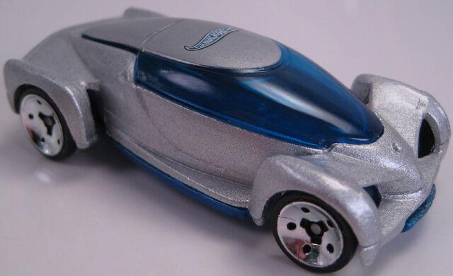 File:2002 Autonomy Concept car.JPG
