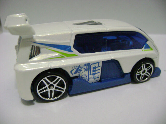 File:2008-5P-Max Steel-Hyperliner.jpg