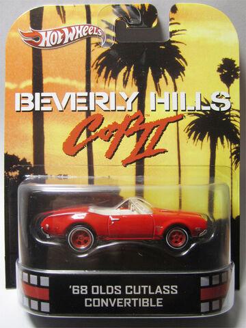 File:Hot Wheels 2013 Retro Entertainment 68 Olds Cutlass Convertible.jpg