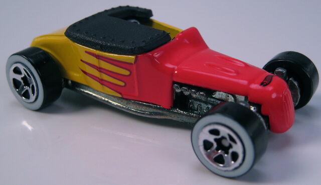File:Track T decades of HW tin 2002.JPG