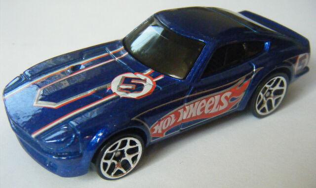 File:Datsun 240Z - 07 Race Team.jpg