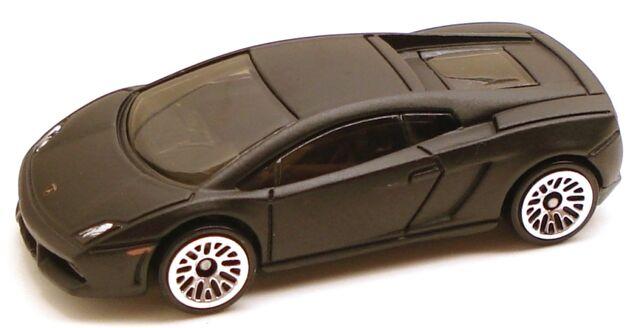 File:Lamborghinigallardo int black.JPG