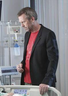 Hugh-Laurie-as-Dr.-Gregory-House-and-Amy-Irving-as-Alice