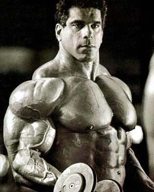 File:Lou-ferrigno-training-1-.jpg