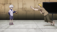 Johness the Dissector begs Killua to return his heart to him before dying