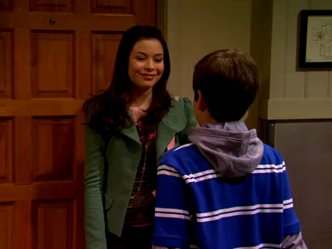 File:ICarly.S01E01.iPilot.HR.DVDRiP.XviD-LaR.avi 000299291.jpg