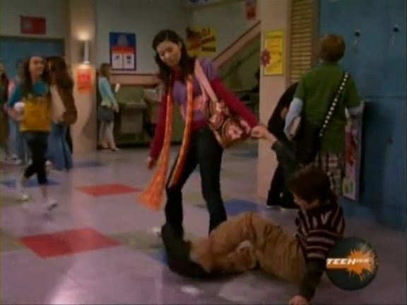 File:ICarly.S01E04.iLike.Jake.avi.flv 000085618.jpg