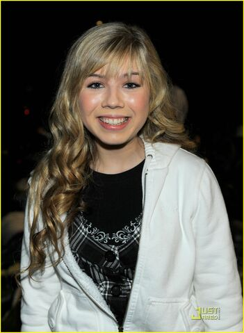 File:Jennette-mccurdy-abducts-rescue-02.jpg